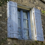 Places in Oppede-Le-Vieux could use a coat of paint.