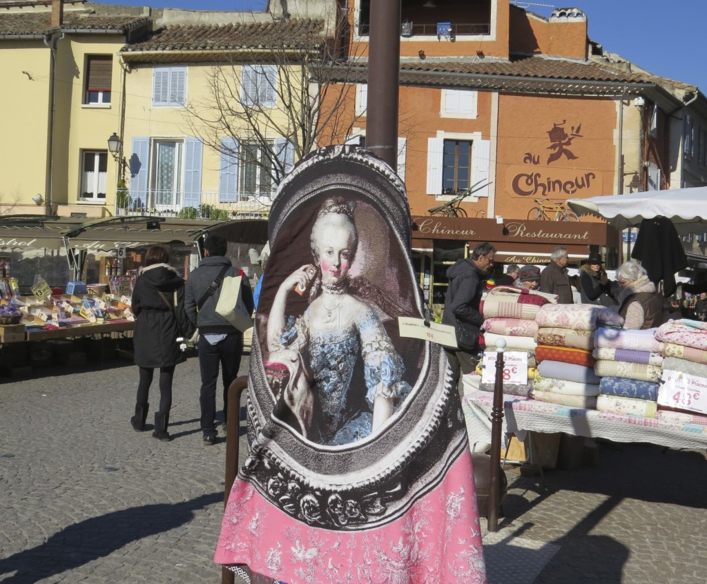 Market Sunday in L'Isle-sur-la-Sorgue.