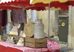 Lourmarin's market falls on Fridays.