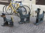 Selling rain boots (l'Isle--sur-la-Sourgue)