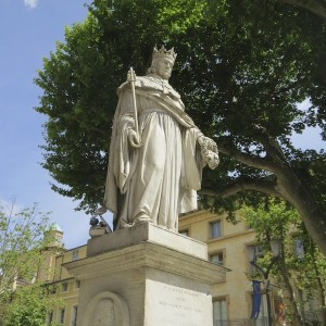 onto Cours Mirabeau near the statue of Roi Rene.